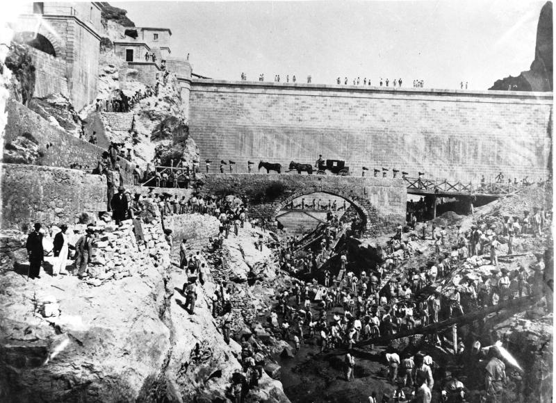 Obreros en la presa del Pontón de la Oliva