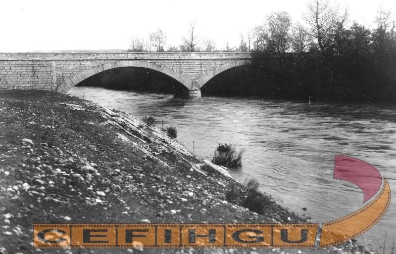 Vista del puente sobre el rio Jarama